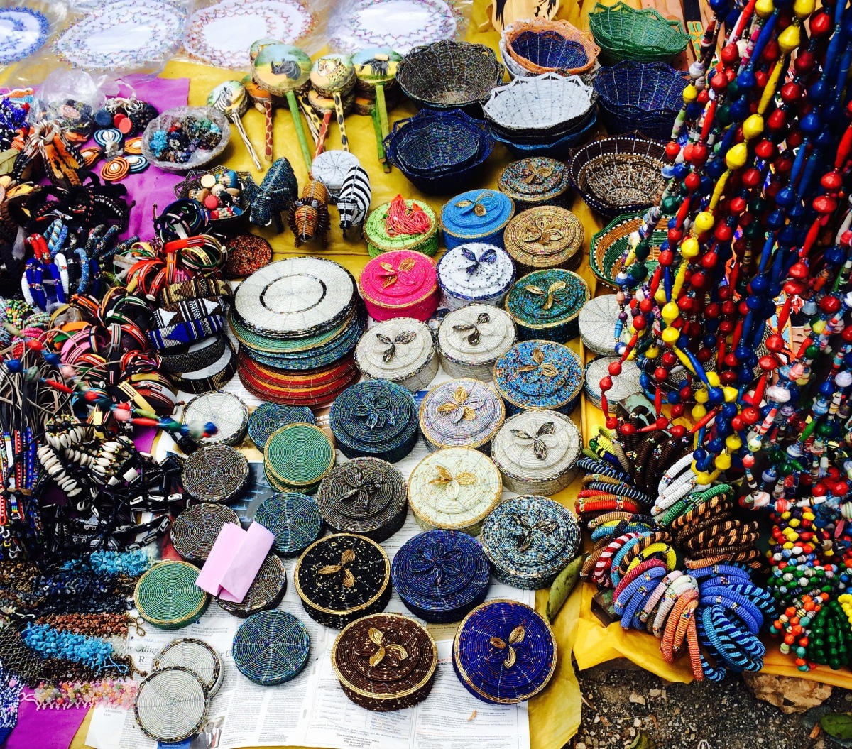 A Guide to the Maasai Market ↠ Nairobi, Kenya